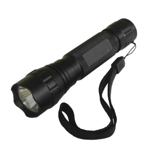 QUAKE LED Tactical Flashlight