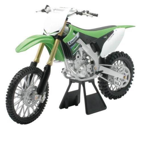 NEW RAY TOYS Kawasaki Scale Model